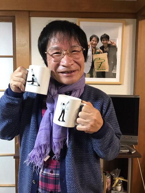 尾木ママも羽生選手を応援。ファンから貰った羽生選手のイラストが描かれたマグカップを披露