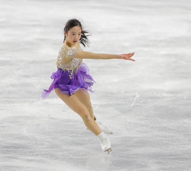 全日本選手権2017。本田真凜の変化・・・逆転五輪へ甘さ捨て「金の羽」衣装で挑む
