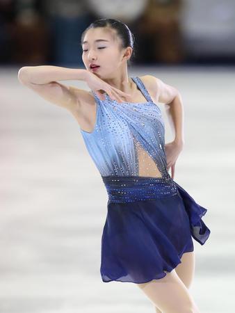 坂本花織が初の五輪へ「今はもう戦闘モード」名古屋のアイスショーで次々とジャンプ決める