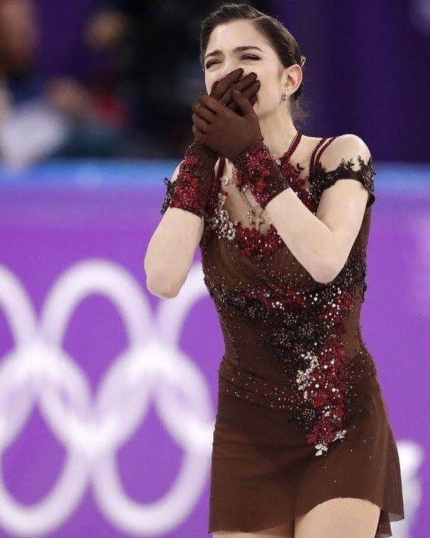 """""""女王""""メドベージェワが世界選手権欠場 ロシアスケート連盟が正式に発表 「とても残念」"""