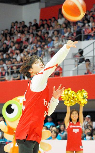 宇野くんがバスケのBリーグに登場!シュートに挑戦。画像、動画まとめ