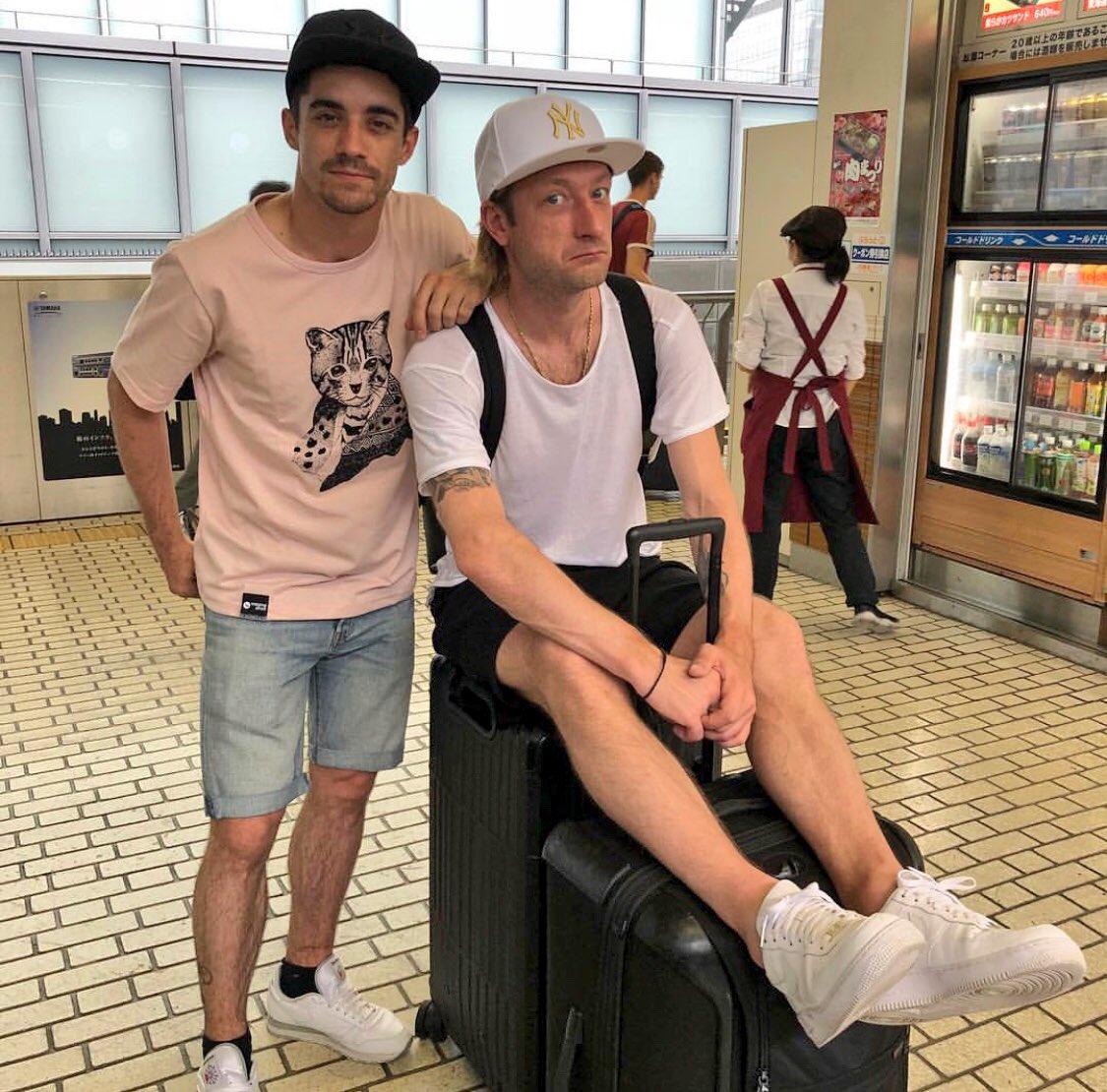 プルシェンコがハビエルとの2ショット写真を投稿!場所は東京駅!