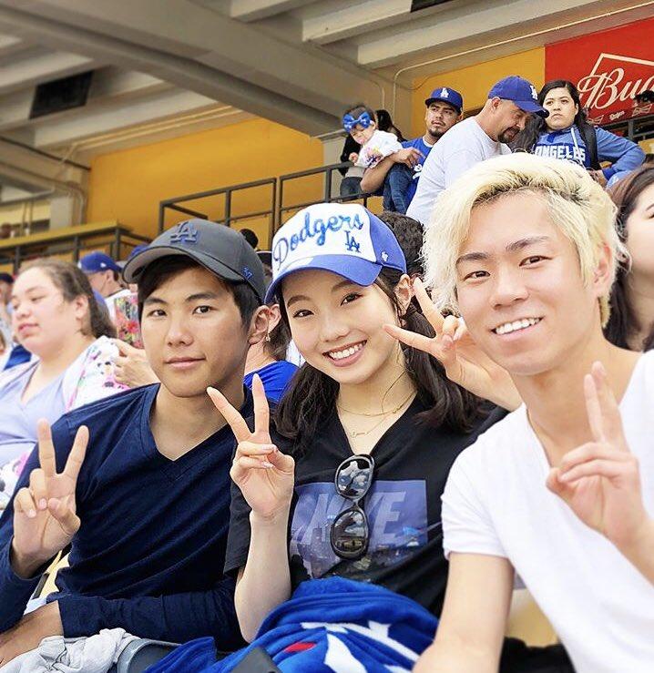 村上大介、本田太一、本田真凛の3人でMLB観戦している写真がインスタに!