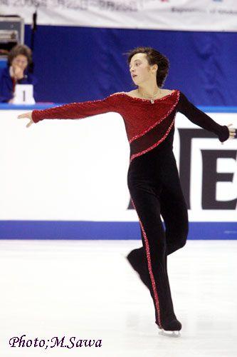 ジョニーのロンカプ衣装は  羽生のサマーストーム衣装の元ネタだね。