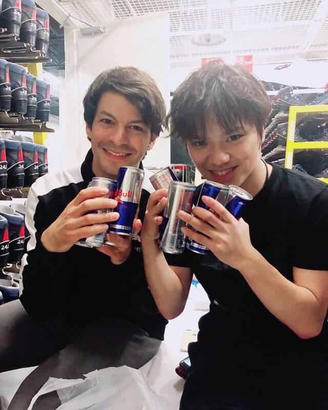 宇野昌磨がブログを更新!ステファンからご褒美にレッドブルを!?