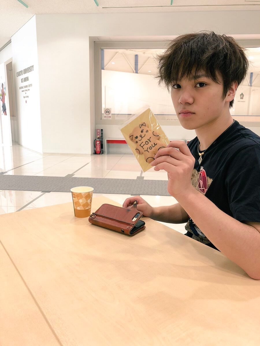 宇野昌磨、樹「兄弟揃って、甘い物好き。」夏休み最後のオフショット?