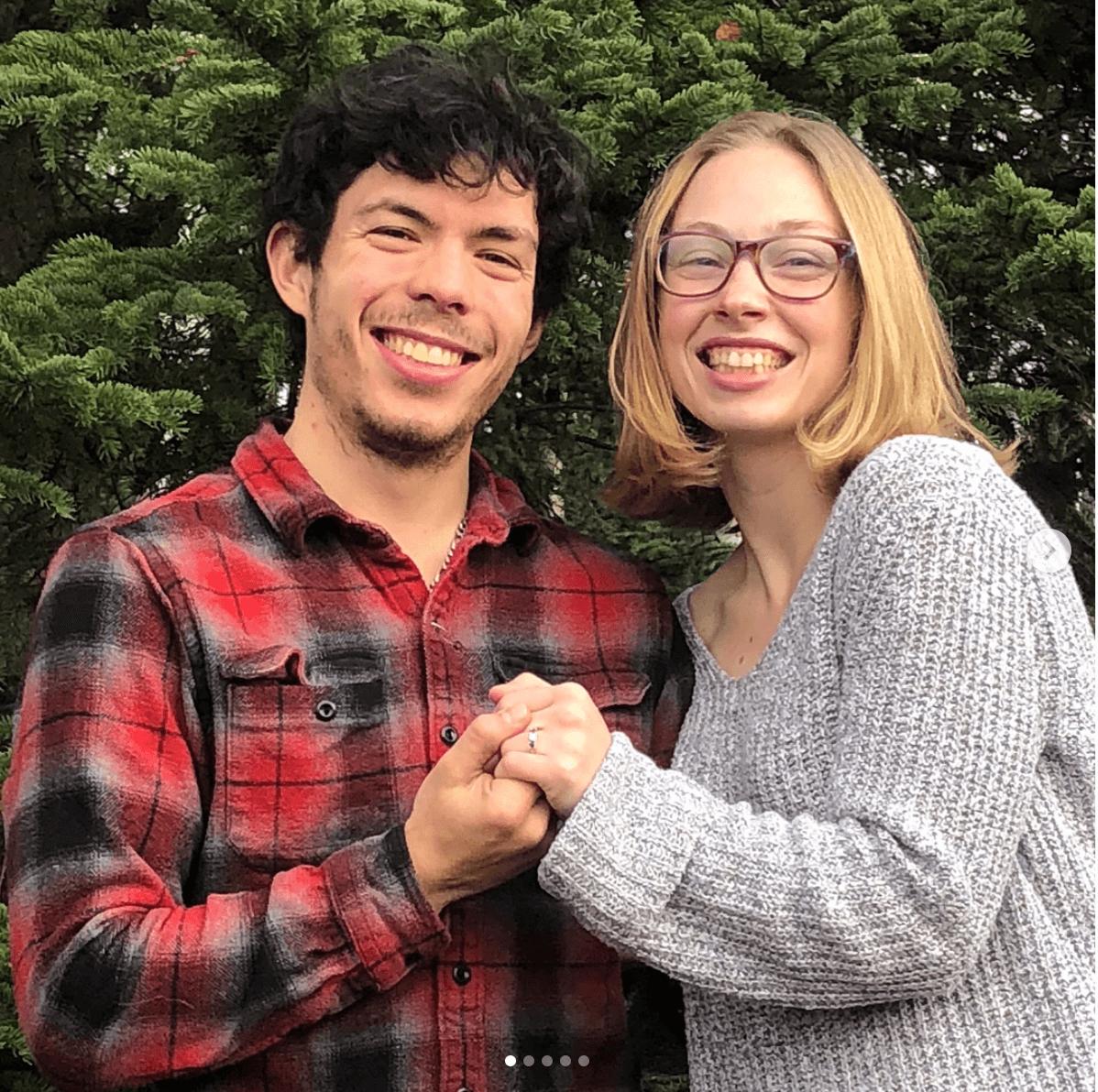 キーガン・メッシングが婚約を発表!祝福の声が続々!