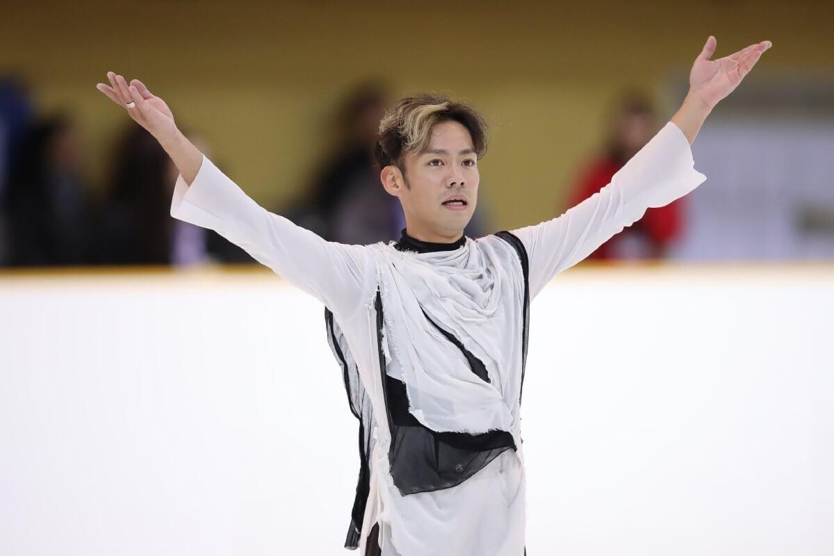 高橋大輔復帰戦で首位発進!「緊張からの解放感はやっぱりいい」ジャンプ全て着氷!