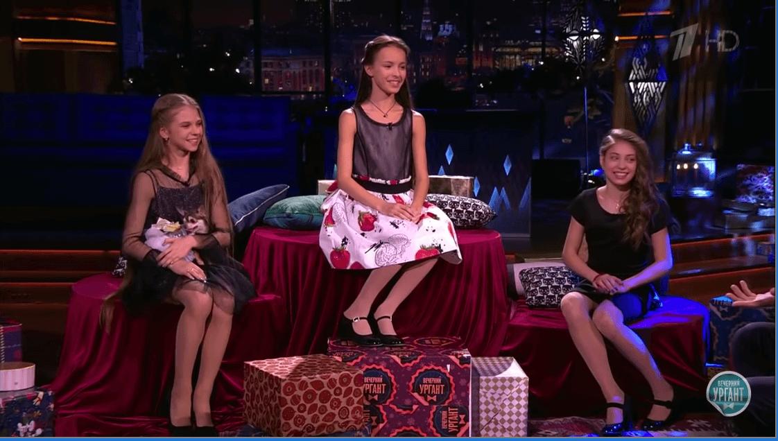 ロシア選手権で活躍したジュニア3人組がロシアで人気番組に出演!