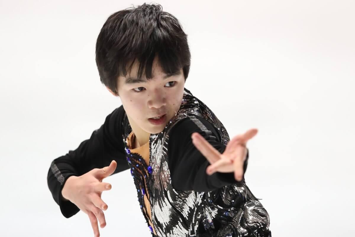 全日本選手権の新人賞は、男子が鍵山優真、女子が松原星が受賞!