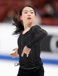 紀平梨花、練習中に転倒し左手薬指負傷するアクシデント。「冷やして、明日どんな状態になるか」