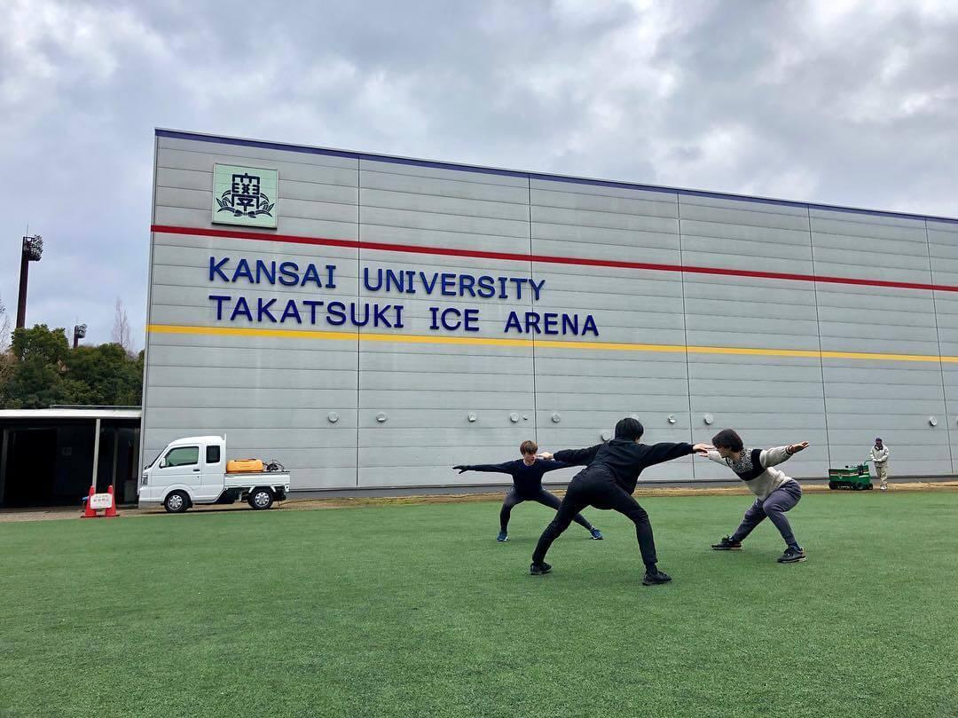 ランビエール、デニス、島田高志郎が一緒にウォーミングアップする写真が!