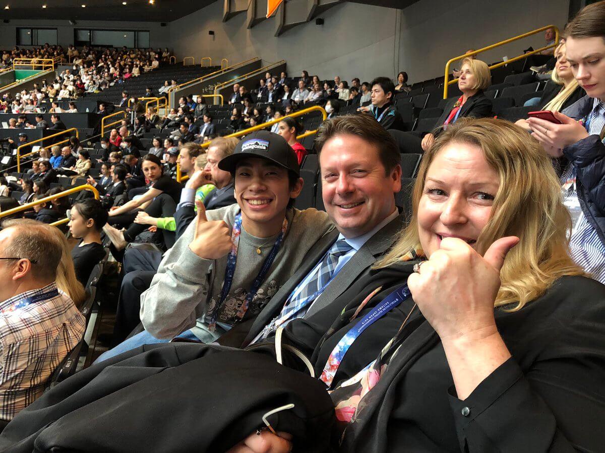 織田信成がリー先生とローリーと世界選手権を観戦した事をツイート!