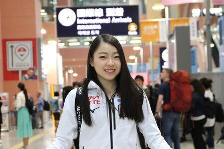 今季初戦を優勝で飾った紀平梨花が帰国! ジャパンオープまでに4回転の練習を詰めてしたい…!!