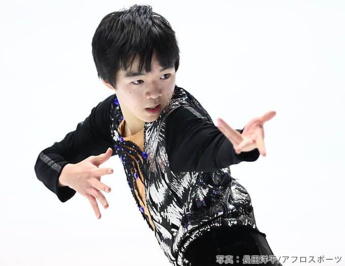 鍵山優真 男子フィギュアの将来を担う、今大注目のジュニア選手! コーチはオリンピック代表に選ばれた経歴をもつ父、鍵山正和さんで、親子二人三脚で今大会表彰台を目指す。愛称はゆまち。
