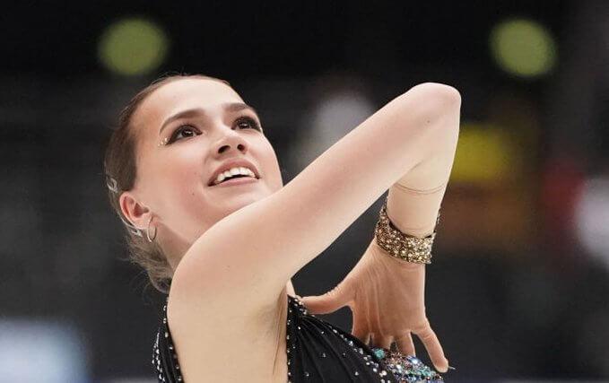 ハビブ・ヌルマゴメドフ と アリーナ・ザギトワ がロシアで最も人気な選手に! 世論調査で。