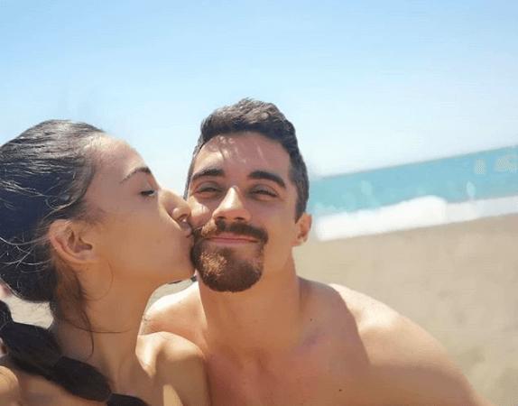 ハビエル・フェルナンデス 恋人とのキスをインスタで公開!