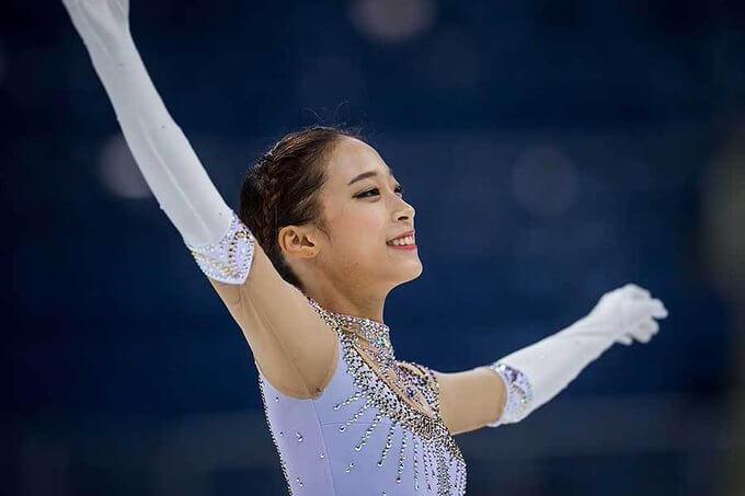 濱田美栄氏の指導を受ける韓国選手権3連覇のユ・ヨン! 可愛らしい私服姿公開で日本人の間でも人気上昇中だが、「キム・ヨナ後継者」としての称号は彼女にふさわしいようだ…