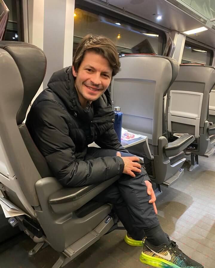 スイスのスケーター ステファン・ランビエル 、ローザンヌのユースオリンピックのオープニングセレモニーに出席するらしい!