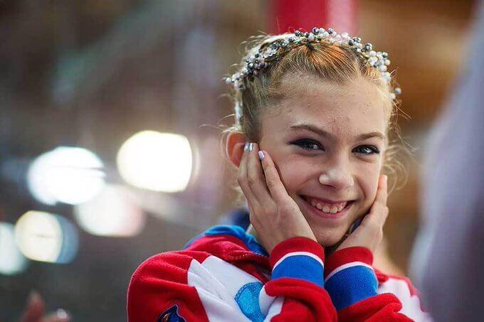 エテリ門下生、14歳でアイスダンス転向を決断したワケ!  …18年ジュニアGPファイナル3位カニシェワ、怪我によりアイスダンス転向を表明…