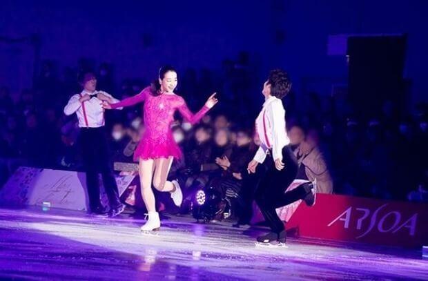 浅田真央さん、「かわゆい」「すごくお似合い」とファン歓喜!  …ピンクのコスチューム姿でサンクスツアー開催を告知…