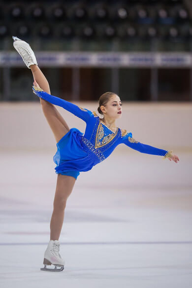 HOMINIS が記事を掲載! …16歳のアリョーナ・コストルナヤ、アイスショーでも魅せる…