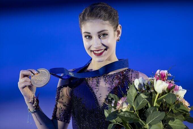 """【映像有】アリョーナ・コストルナヤ、「美しさが止まらない」!  …ロシアの新女王が公開した""""決意の圧巻トレ""""にファン反響!…"""