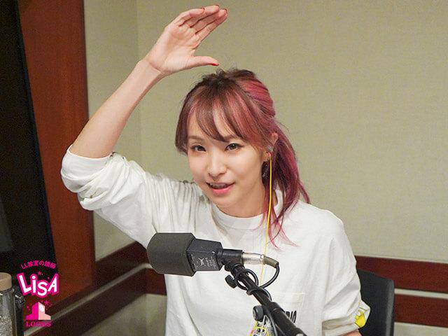 LiSA、憧れの人 浅田真央と対面!  …「やっぱり笑顔が素敵でした」…