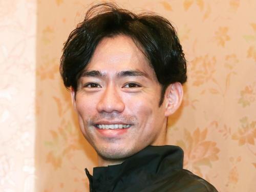 高橋大輔と宮原知子、関大新入生へサプライズエール!