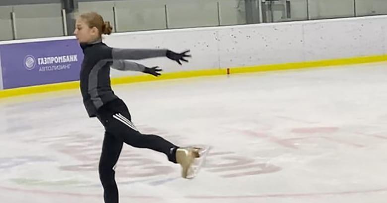 """【映像有】トゥルソワ選手、新フリーの""""ロミジュリ""""に高難度の4回転コンビネーションジャンプを投入!  …プルシェンコが公開…"""