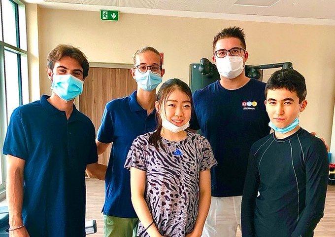 イタリア滞在中の紀平梨花、「La Casa di Cura Bonvicini」という理学療法やフィットネスなどを行う施設へ行った模様!  …過去にはダニエル・グラスルが施術を受ける様子も…