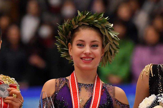 金髪コストルナヤが大人っぽく!  …17歳の新フリー映像に海外注目「彼女は変わったね」…