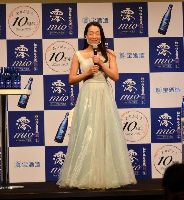 浅田真央さんが初のお酒広告キャラクター「日本酒が1番好きなので、すごく嬉しい」