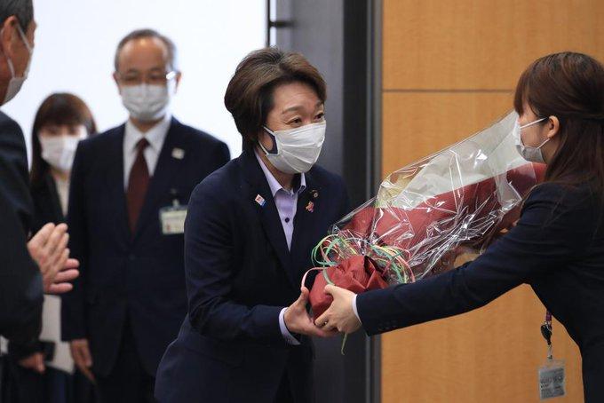 橋本聖子新会長のキス問題 同性愛公表の議員が指摘する問題点