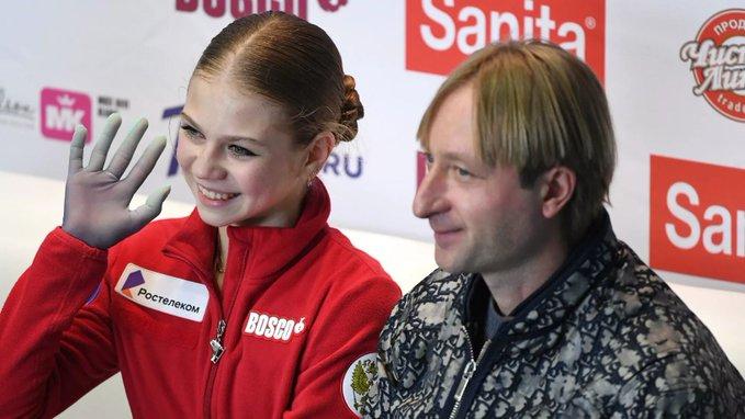 トルソワ がプルシェンコ氏を去り、トゥトベリーゼ・チームに復帰!  …すでに古巣サンボ70のウォーミングアップに参加…