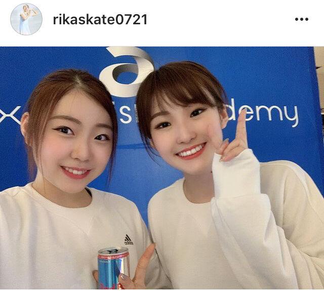 紀平梨花、姉・萌絵さんとおそろコーデ姉妹ショット公開「姉妹揃って可愛い」「天使姉妹だ」