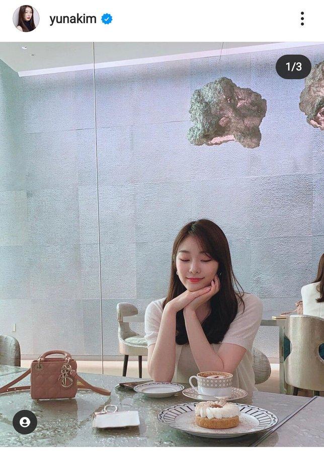 【記事】キム・ヨナさん、ディオールのバッグを持ちお茶する最新ショット公開「超きれい」の声