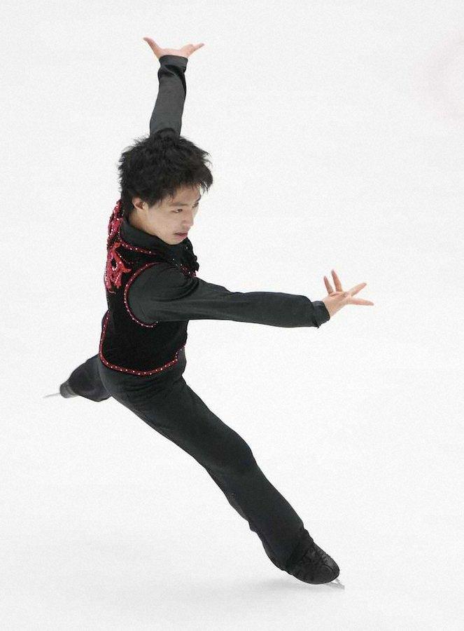 三浦佳生がジュニア男子V 4回転2種成功も「課題を見つめ直す」 2位は吉岡希