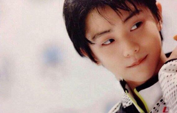 【画像】綺麗な少年「少年期から青年期へうつろう時期の羽生」「一瞬の不安定な美しさと少年の凛々しさがフュージョン」
