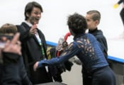 【映像有】宇野昌磨、世界選手権に弾みのチャレンジカップ V!  …ランビエル・コーチと笑顔のハグ…